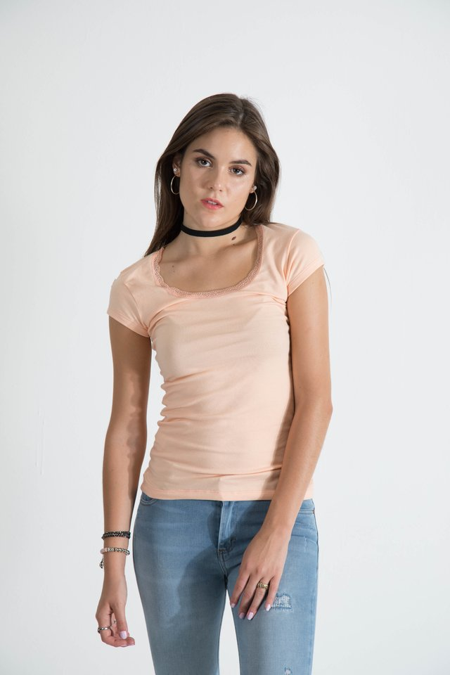 remera puntilla cuello en internet