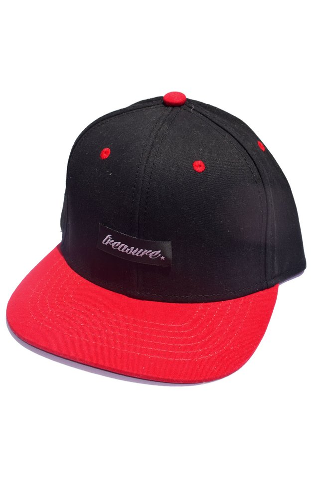 Snapback black and red na internet