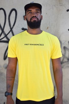 "T-shirt ""first year"" - yellow"