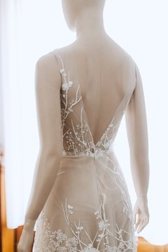 Nude Garden Wedding Dress en internet