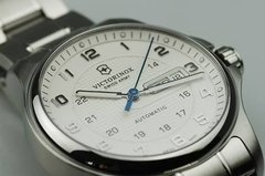 Reloj Victorinox Officers Mechanical 2415481 Hombre - comprar online