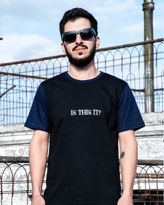 Remera IS THIS IT? - comprar online