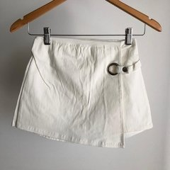 SHORT POLLERA ANILLO BLANCO