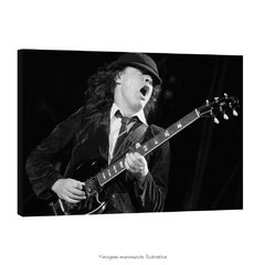 Poster Angus Young na internet