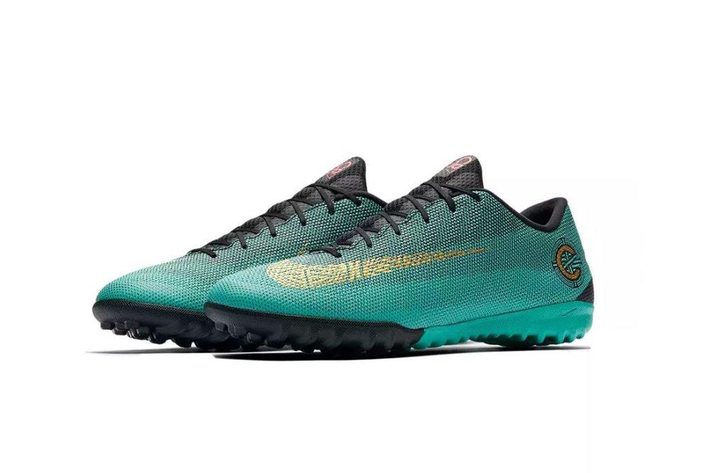 d5302f6f96 Botines Nike MercurialX Vapor 12 Academy CR7 TF