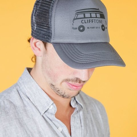 Gorra trucker Mini Van Gris en internet