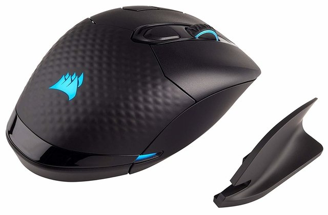Imagen de MOUSE CORSAIR DARK CORE RGB SE 16000 DPI WIRELESS