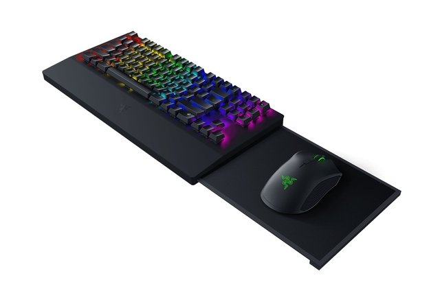 COMBO TECLADO MOUSE PAD RAZER TURRET FOR XBOX ONE BUNDLE en internet