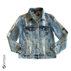 Campera de jean con roturas
