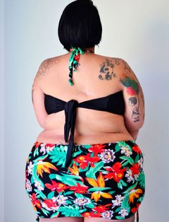 Cropped Bela Tropical Plus Size na internet
