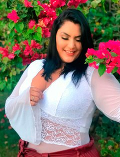 Body Illusion Manga Longa Branco Plus Size - Divas Plus