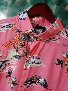 CAMISA HAWAII ROSA en internet