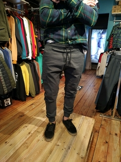PANTALON JOGGER CARGO DREAD - Homero young wear