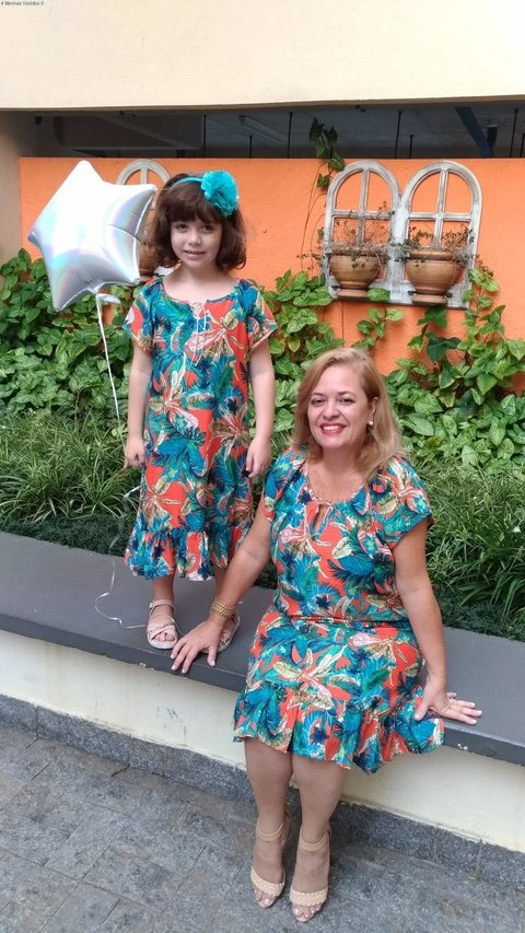 Short Mother and Daughter Tropical Dress