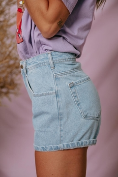 Imagem do shorts mom jeans miami