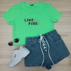 t-shirt cropped like fire