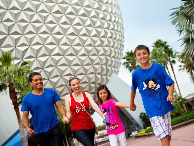 DISNEY - 4 DIAS - VISITE 1 PARQUE POR DIA: MAGIC KINGDOM, DISNEY'S HOLLYWOOD STUDIOS, EPCOT E DISNEY'S ANIMAL KINGDOM - Vai Aonde - vaiaonde.com - Parques Orlando, Walt Disney World,  Ingressos