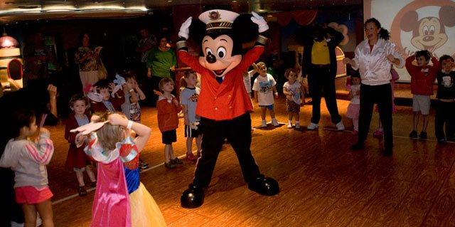 DISNEY CRUISES 13 DAYS - MIAMI TO BARCELONA on internet