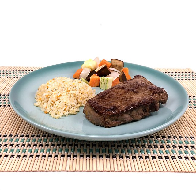 Steak de Alcatra, Arroz Integral e Ratatouille (350g)