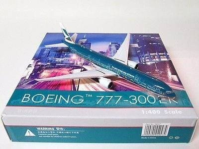Miniatura Phoenix 1:400 Cathay Pacific Boeing 777-300er