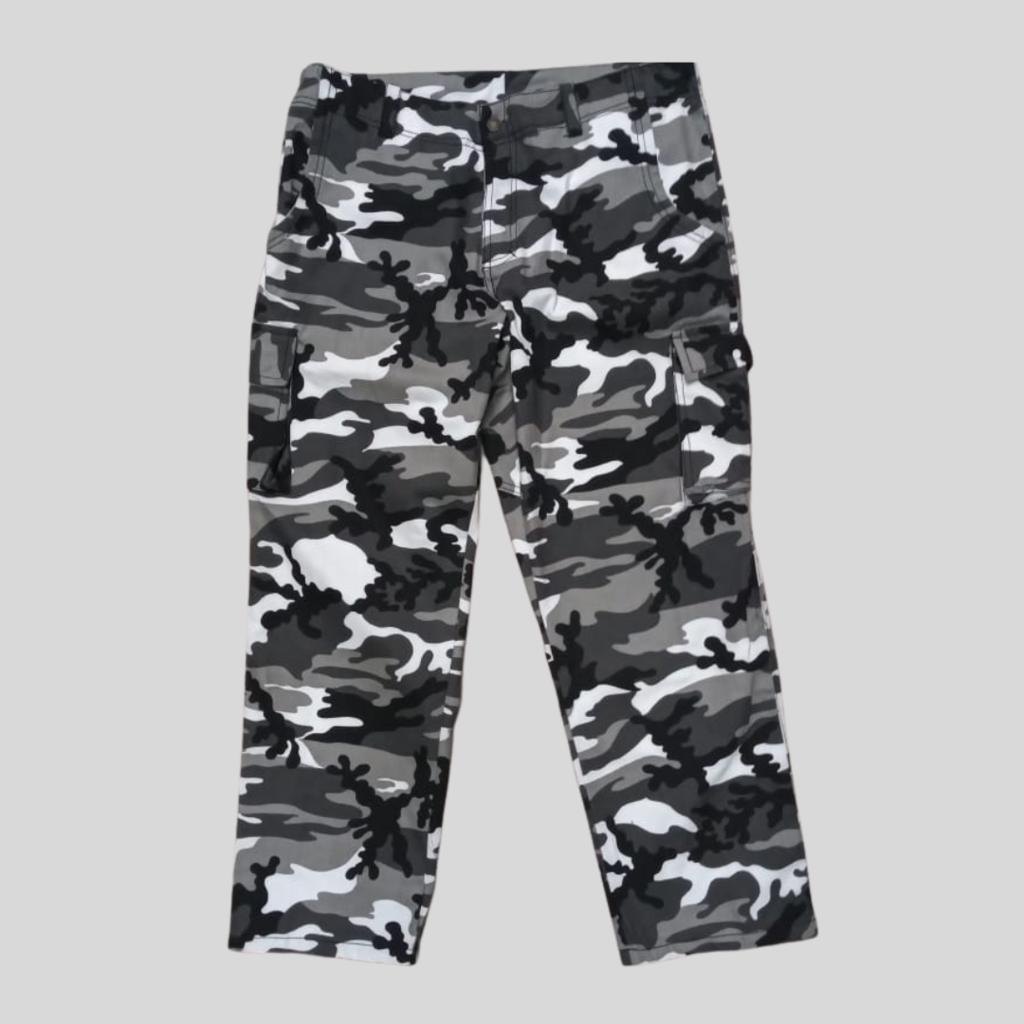 Pantalon Camuflado Blanco Y Negro Locuras Rock