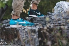 NK Flyknit Racer Turquoise Black - ValeSports