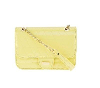 129bf0563 Bolsa Feminina Mini Bag Envenizada em Matelasse Alça Transversal Fixa -  Amarela
