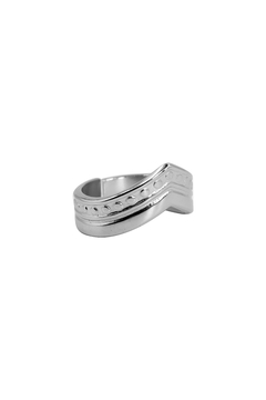 ANILLOS A. Q. EN V 3 LINEAS RELIEVE - ANQ199