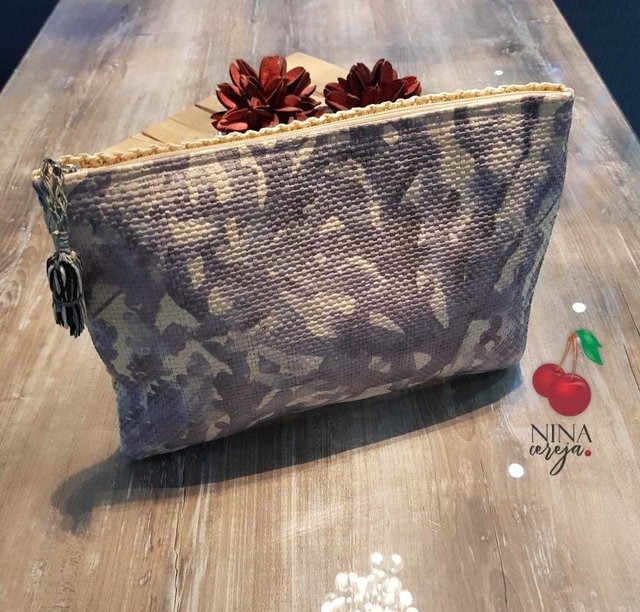 Bolsa Clutch Palha Estampada na internet