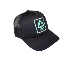 BONÉ TRUCKER UNITED PRETO