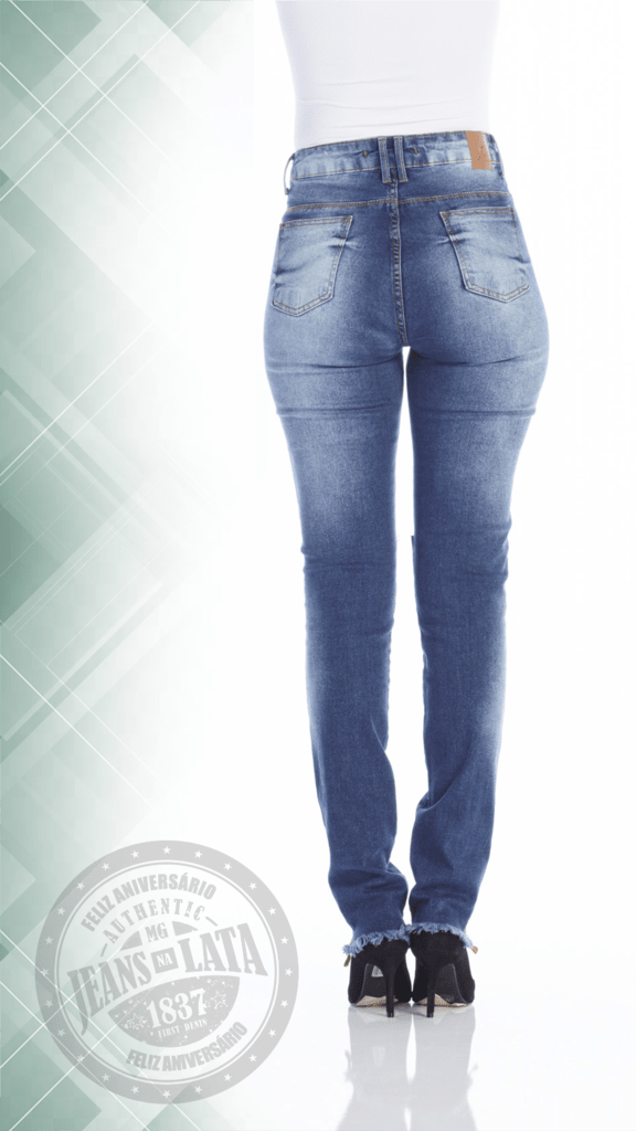 4c56b9ca27 Calça Jeans Feminina Cigarret Hot Pants Ref. 4726