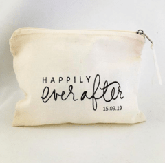 "Necessaires ""Happily ever after"" x 100 unidades en internet"