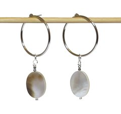 Adriana earrings with white rhodium ring, mother of pearl and faced hematite