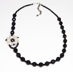 Ibisco Necklace pearls, black crystals and star stone