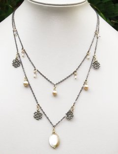 Patricia Necklace with moonstone, light pink pearls, faced hematite, mother of pearl in black rhodium chain