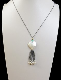 Sweet Necklace with mother of pearl, pearl, hematite, jade and black rhodium chain