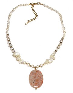 Tati Necklace with jasper, mother of pearl and freshwater pearls.