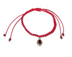 Love macrame bracelet in red string with indian garnet pendant and silver elements