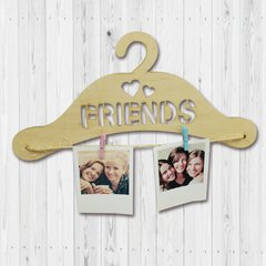 "Percha con Broches ""Friends"""