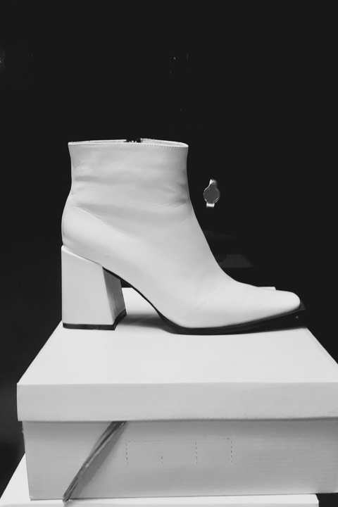 BOTA LORE WHITE DOVE ALTO BRILLO