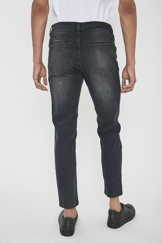 JEAN SLIM FIT BLACK ON - comprar online