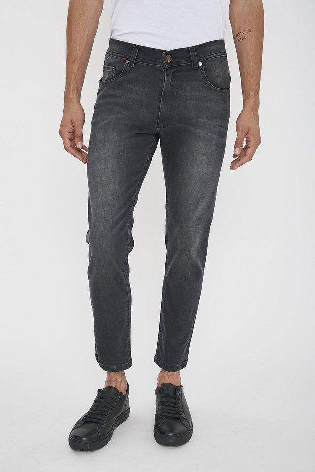 JEAN SLIM FIT BLACK ON