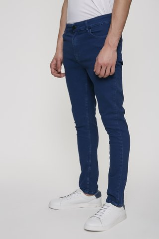 JEAN SLIM FIT INTENSE BLUE en internet