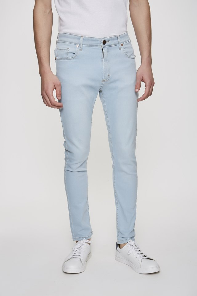 JEAN SLIM FIT SKY BLUE