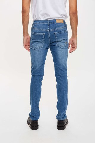 JEAN SLIM FIT DEEP GREY en internet