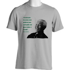 CAMISETA UNISSEX DO NELSON MANDELA