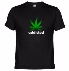 Camiseta Engraçada Addicted