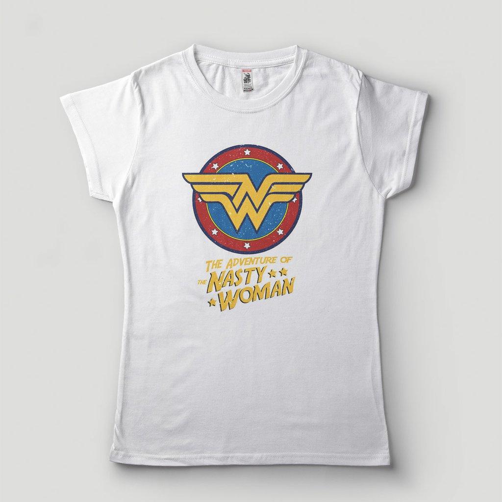 90da19521 Blusa Feminina Mulher Maravilha Nasty Woman Brasão Camiseta DC Comics