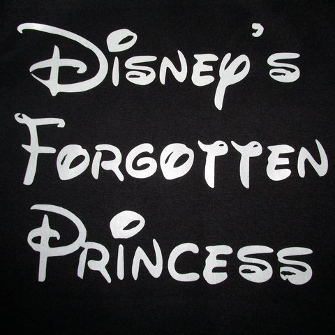 Camiseta Princesa Disney Preta Forgotten Princess na internet