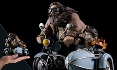 ACTION FIGURE HARRY AND HAGRID RACE FOR HOGWARTS Q-FIG